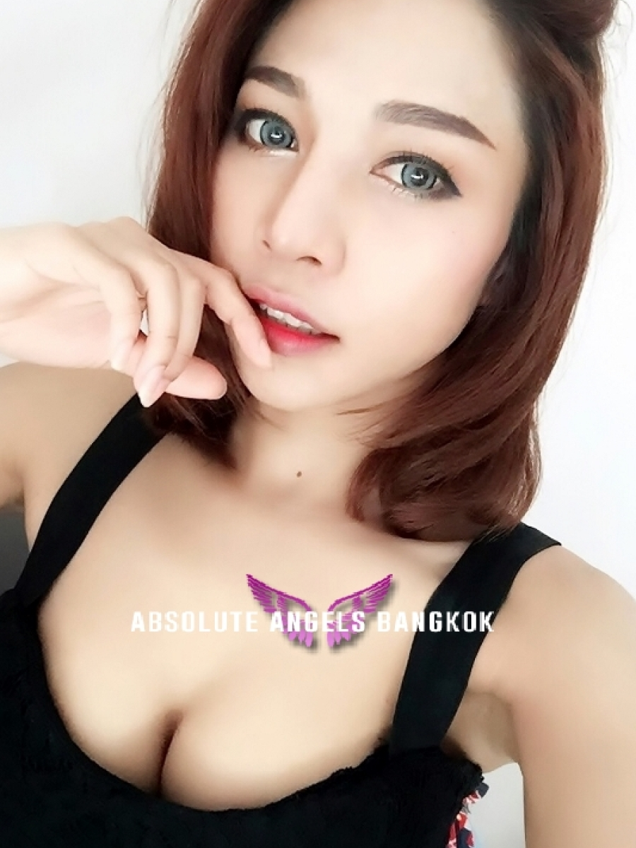 escorts at work thai massage b2b