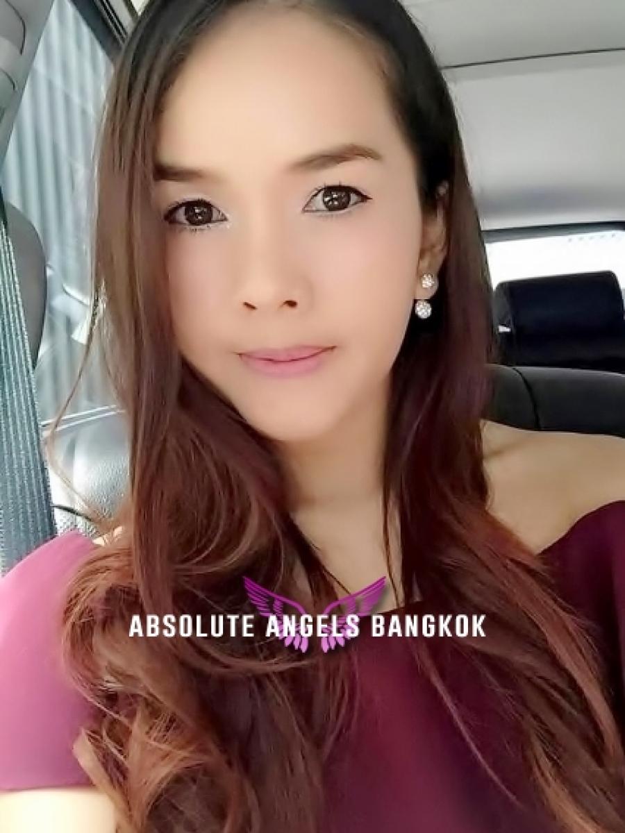Miki - Bangkok Escort - Smooci